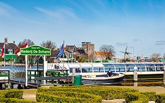 שייט בזאנסה סכאנס - Boat tours at Zaanse Schans