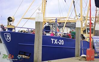 הפלגה בספינת דייגים 20-TX