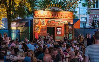 פסטיבל התיאטרון הנודד - הפנינג קיץ באמסטרדם